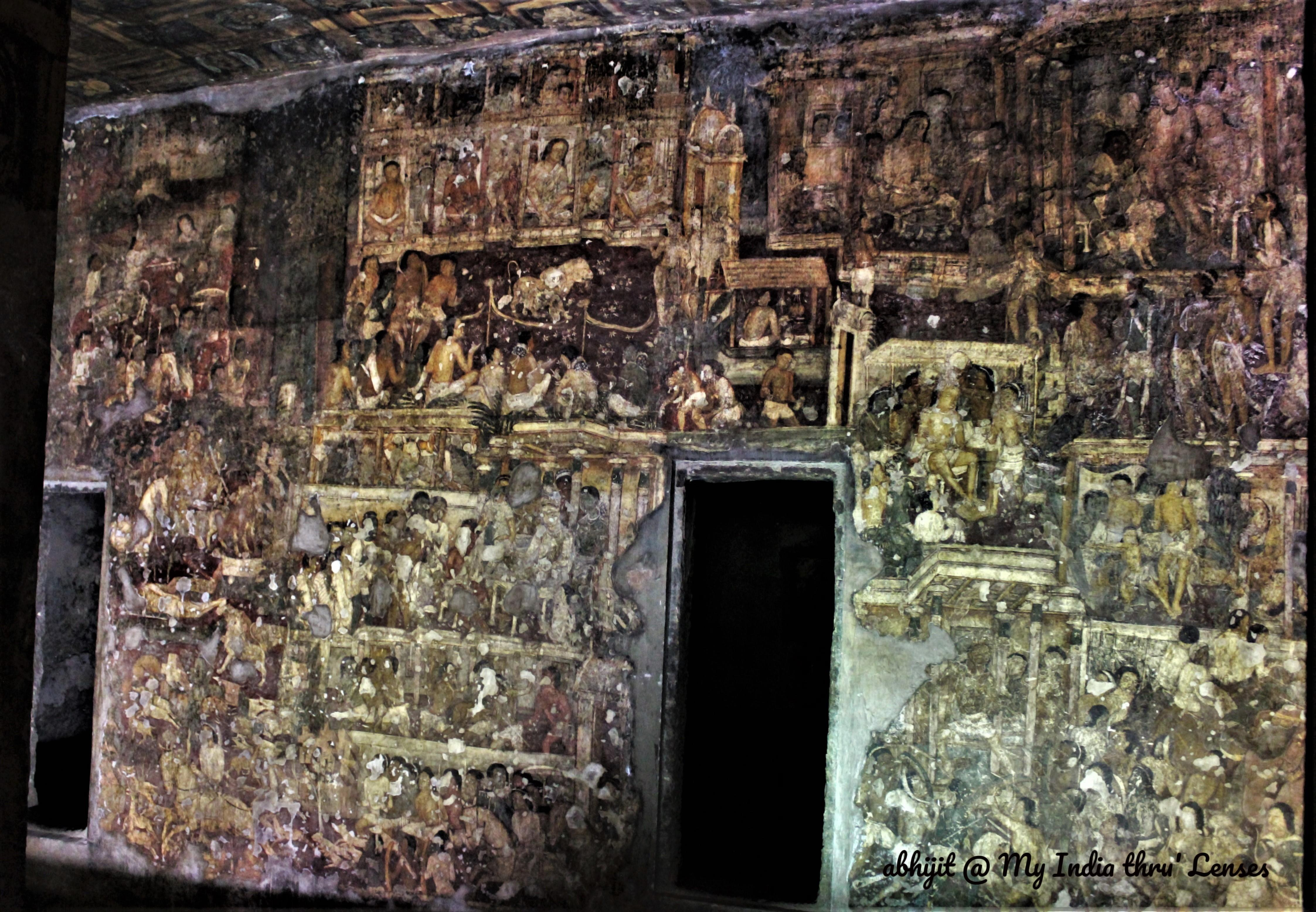 Murals on the walls, pillars and ceiling of Cave 17